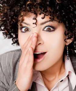 Kudrnaté srdeční komplimenty: Kdo je vyprázdní?