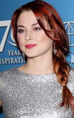 Celebrity-krullen en kleuren: Haute-rode tinten