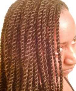 Kinky Twist šukuosena