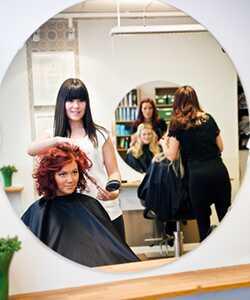 7 тајни жена са сјајном косом