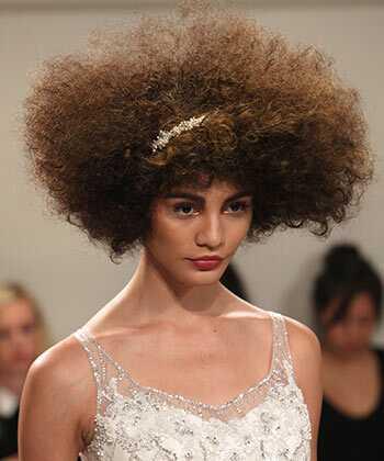 Kudrnaté vlasy na dráze