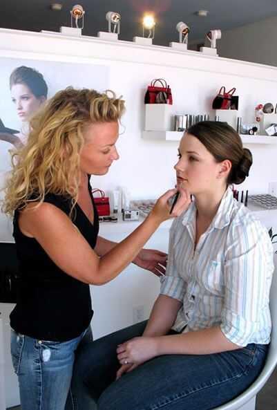 Curly reflektor za lase: Rochelle Rae kozmetika