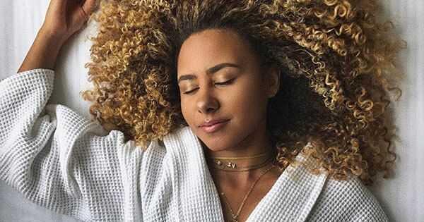 Prednosti sna za prirodni rast kose
