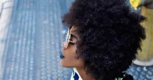 Како да се издолжи кадрици: Збогум собирање, здраво се протегала кадрава коса