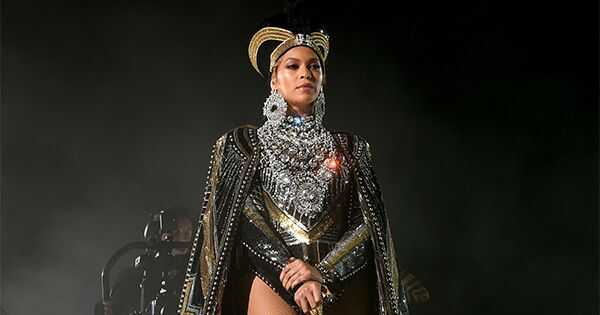 Beyonce doet de meeste epische prestaties ooit bij coachella