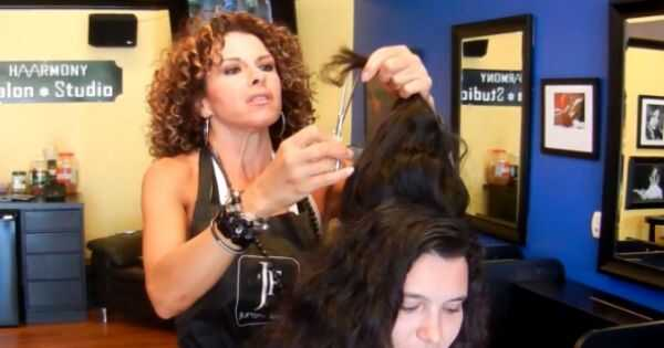 World of curls: Christina Carsillo, propriétaire dun salon de coiffure et dun studio