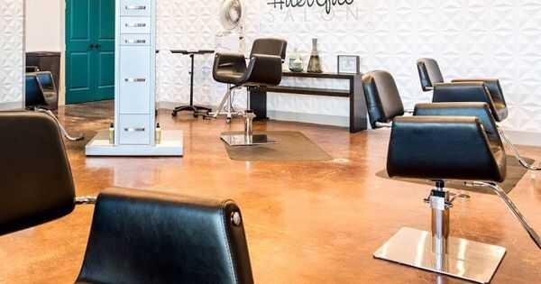 15 naturalnych salonów fryzjerskich w Chicago