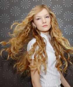 5 falujących błędów włosów, bez których możesz żyć