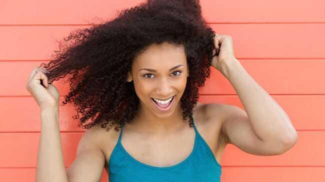 Това, което правите (и не), се нуждаете от великолепна лятна коса