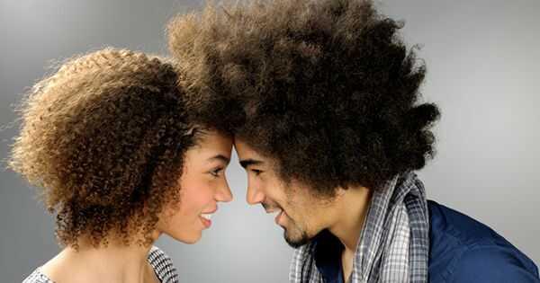 7 вещей, чтобы научить вашего значительного другого о натуральных волосах