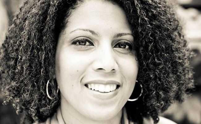 Naturally curly hair guru: Curlykimmystar