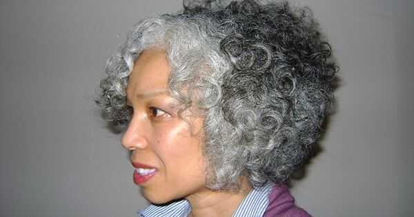 Kako se prelaziti kada imate sivu kosu