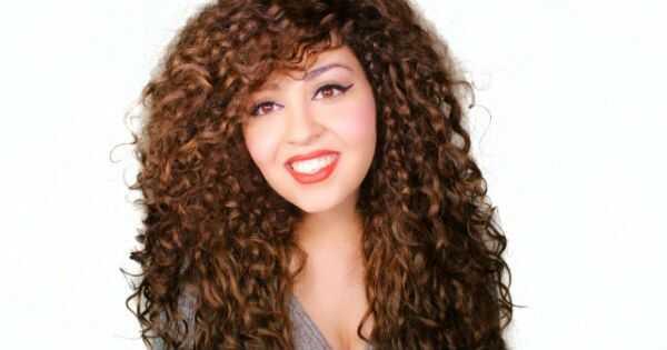 World of curls: Jasmine mula sa Ehipto