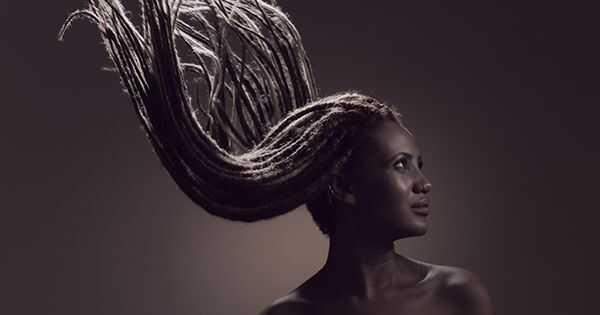 5 maneres de fer malbé els locus del teu cabell