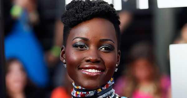 Lupita Nyongo utilitza aquest oli miracle cada dia