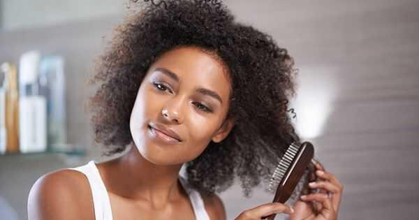 4 kinnisideid, mis purustavad juukseid