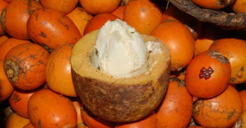 Paano gamitin ang tucuma butter para sa natural na slip at shine
