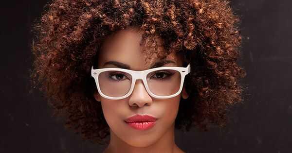 Tämä on ero hiuslakan ja pysyvän värin välillä