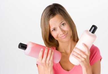 Prirodni šamponi za kovrčavu kosu
