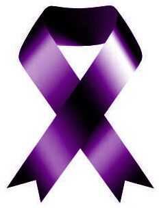 Фризеристите се борат против семејното насилство со одење во виолетова боја