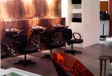 Hair pravila dickey otvara salon NYC