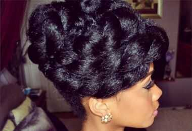 6 garbanotieji plaukų stilius